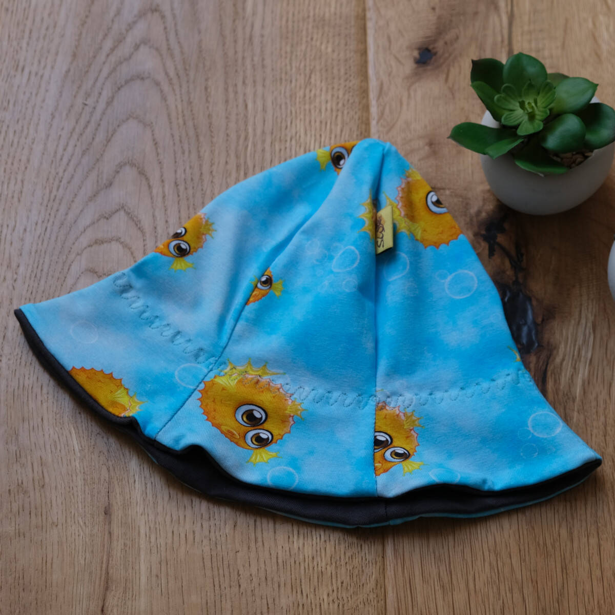 Sonnenhut, Schlapphut mit Krempe als Schutz vor der Sonne für Babys und Kinder